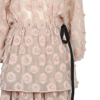 flower motive lace blouse & flower motive lace long skirt